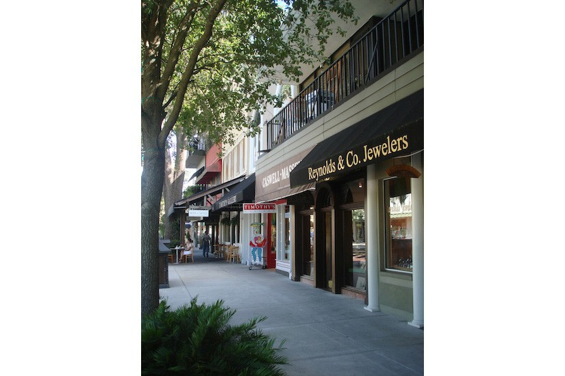 Winter Park Retail Shop Design